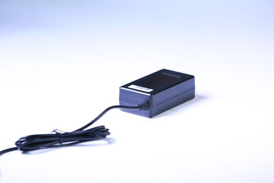 深圳KTV电源适配器的散热设计要点