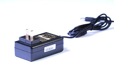 插墙式电源适配器24V1.25A-20102G